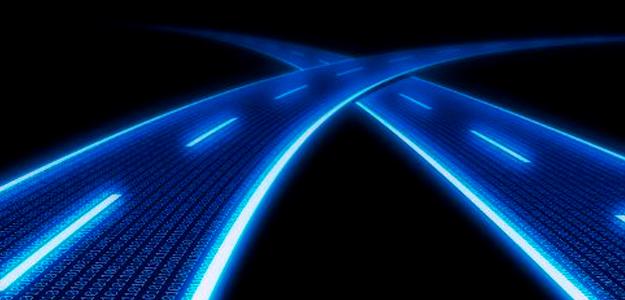 La fibra óptica sigue siendo el motor de desarrollo para la banda ancha en España