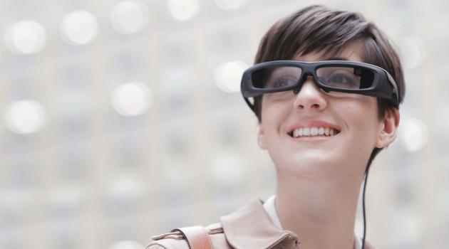 Subtítulos en directo con SmartEyeglass: Sony y VerbaVoice colaboran para garantizar la accesibilidad