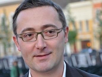 El director y productor rumano Tudor Giurgiu presentará en la Academia de Cine su éxito 'Why Me?'