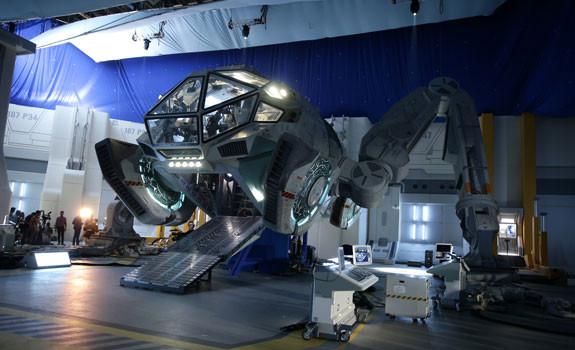 La nave Moon Tug de 'Indepence Day: Contraataque' aterrizará en Ficomic