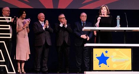 Málaga premia la carrera de la actriz Fiorella Faltoyano con la Biznaga Ciudad del Paraíso