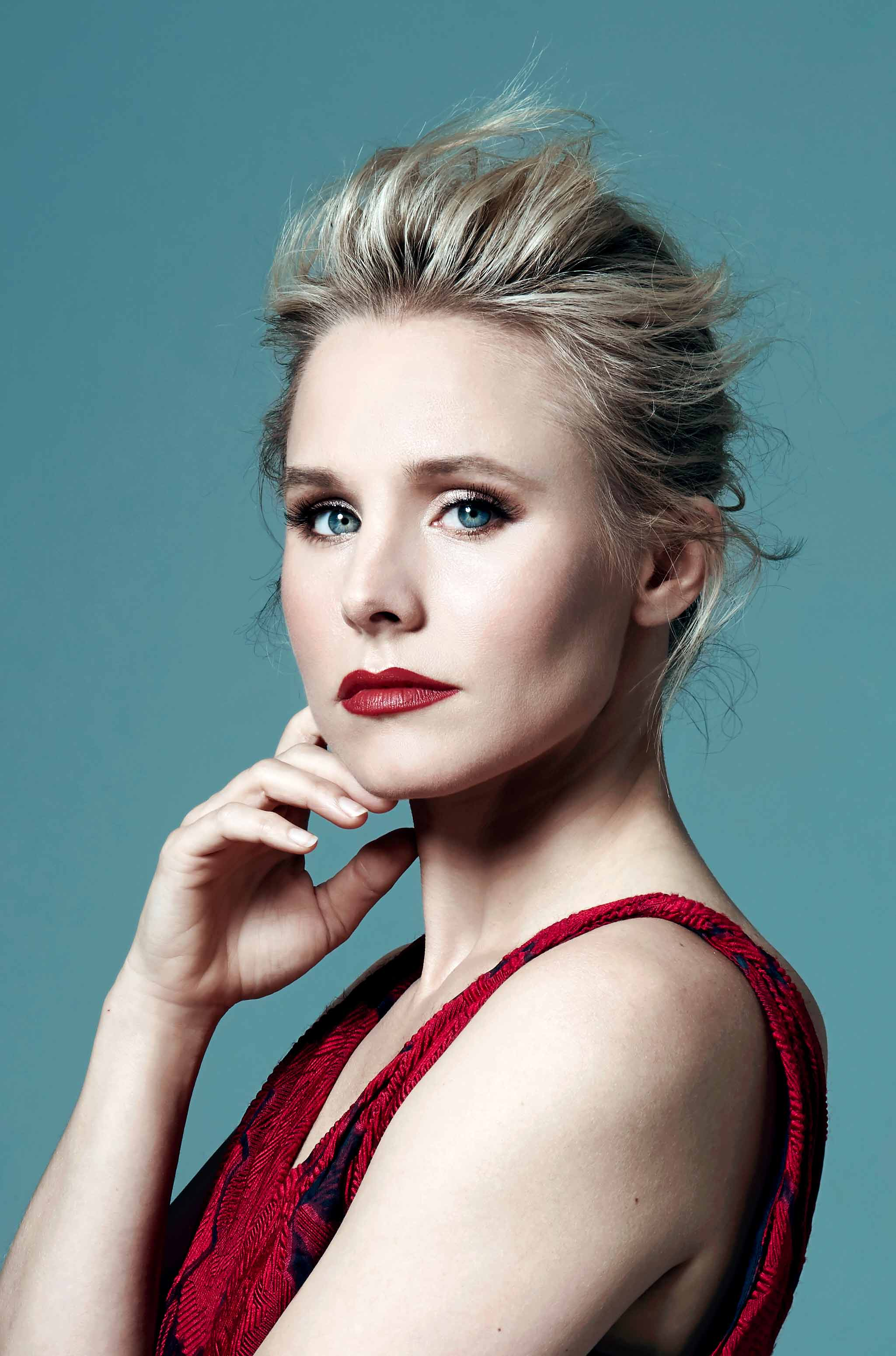 Kristen Bell | Get Bronzed With This Wearable Eye Makeup