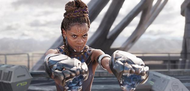 'Black Panther' consigue el liderazgo y, junto a 'La forma del agua', dinamiza al taquilla en España