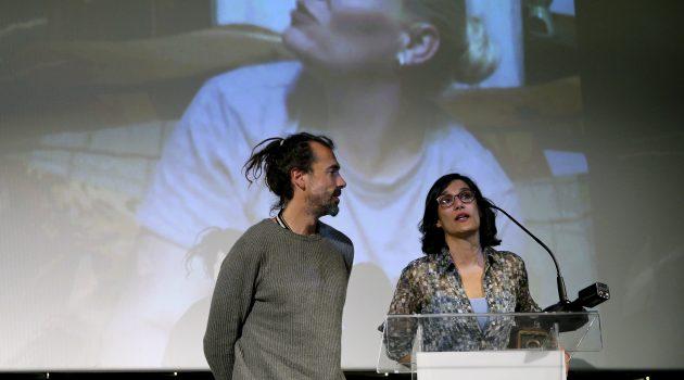 Irene Yagüe y Alberto García, directores de 'La grieta', durante la gala.