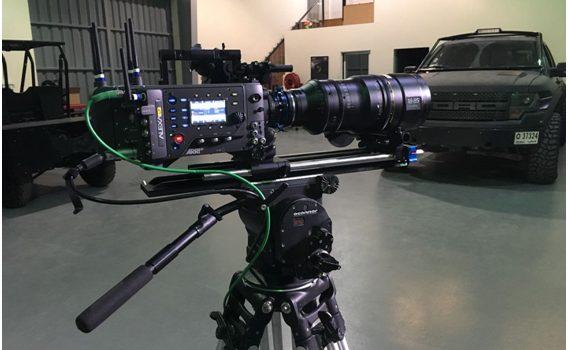 El OptMag TL-OMFF en objetivo FUJINON HK 18-85 acoplado a cámara Arri Alexa LF (Foto: Dubaifilm)