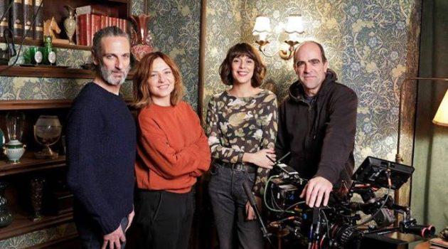 Parte del reparto de 'Ventajas de ir en tren'. De izquierda a derecha: Ernesto Alterio, Pilar Castro, Belén Cuesta y Luis Tosar. (Foto: David Herranz)