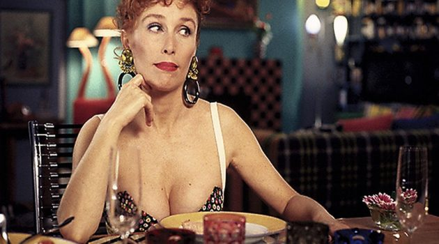 Verónica Forqué en 'Kika' de Pedro Almodóvar.