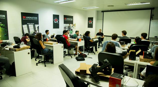 Alumnos de FX Animaton durante una clase