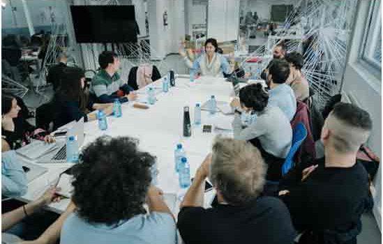 Los proyectos seleccionados en La Incubadora se dan a conocer ante televisiones y plataformas