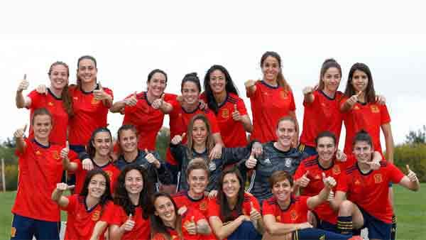 Cuatro emitirá dos amistosos de la Selección Nacional de fútbol femenino