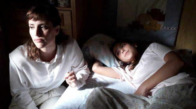 Imagen del rodaje de 'Las niñas' con las dos actrices principales.
