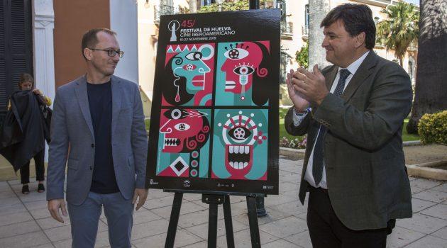 Manuel H. Martín (izquierda) y Gabriel Cruz flanqueando el cartel.