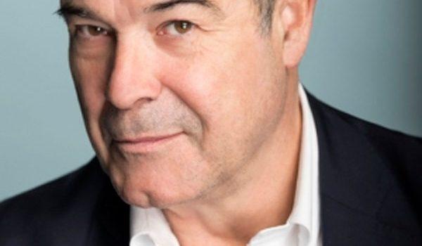 Antonio Resines recibe el Premio Especial de MiM Series 2019 en homenaje a su carrera en la ficción televisiva
