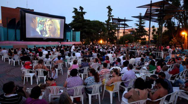 La Diputación de Castellón lanza una ayuda para el cine de verano en poblaciones de menos de 400 habitantes