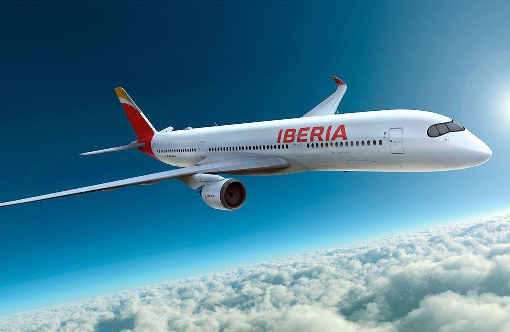 En los aviones de Iberia ha desaparecido el nombre de España.