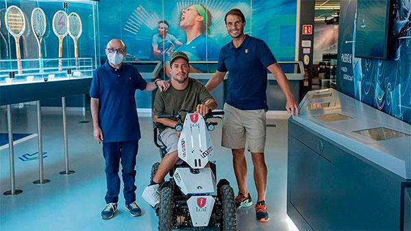 Jesús Vidal y 'El Langui' visitan a Rafa Nadal y su fundación