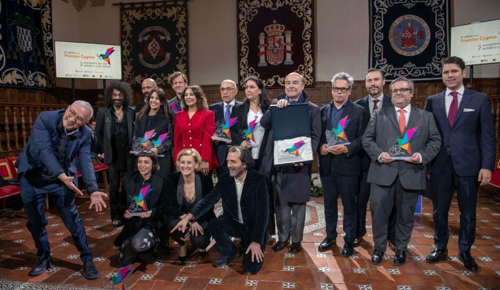 Foto de familia con los ganadores de los Premios Cygnys en la anterior edición,