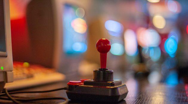 La Comisión Europea multa a Valve y cinco editores de videojuegos con 7,8 millones de euros por prácticas monopolísticas