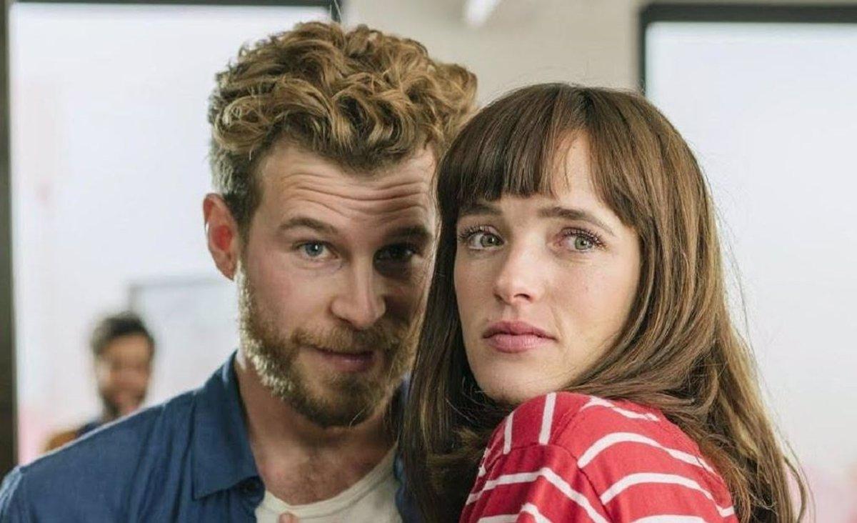 Netflix lanza el tráiler de su nueva comedia española 'Loco por ella' |  Cine y Tele