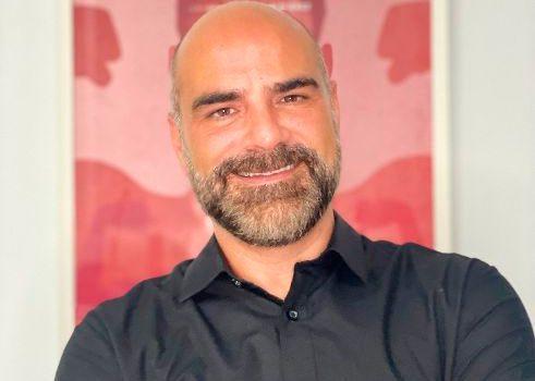 La productora 16 Escalones ficha a Miguel Ángel Arango