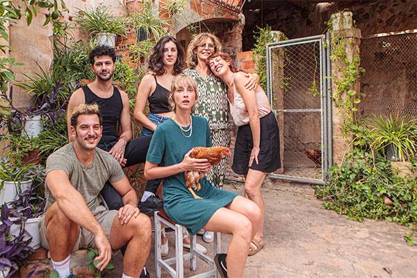 María Ripoll rueda la dramedia 'Nosotros no nos mataremos con pistolas'