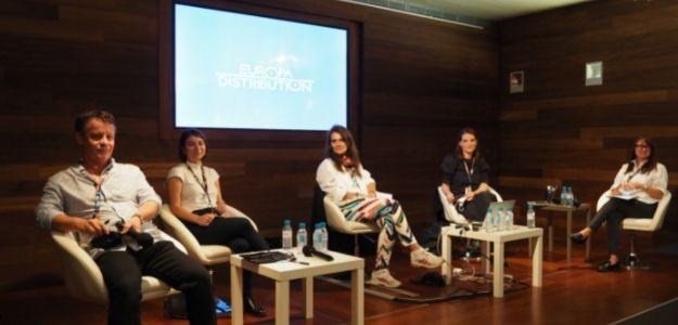 De izq. a drcha.: Cristina Pelekani (Grecia); Esther Kollman (Benelux) y Alzbeta Dlouha (Rep. Checa)