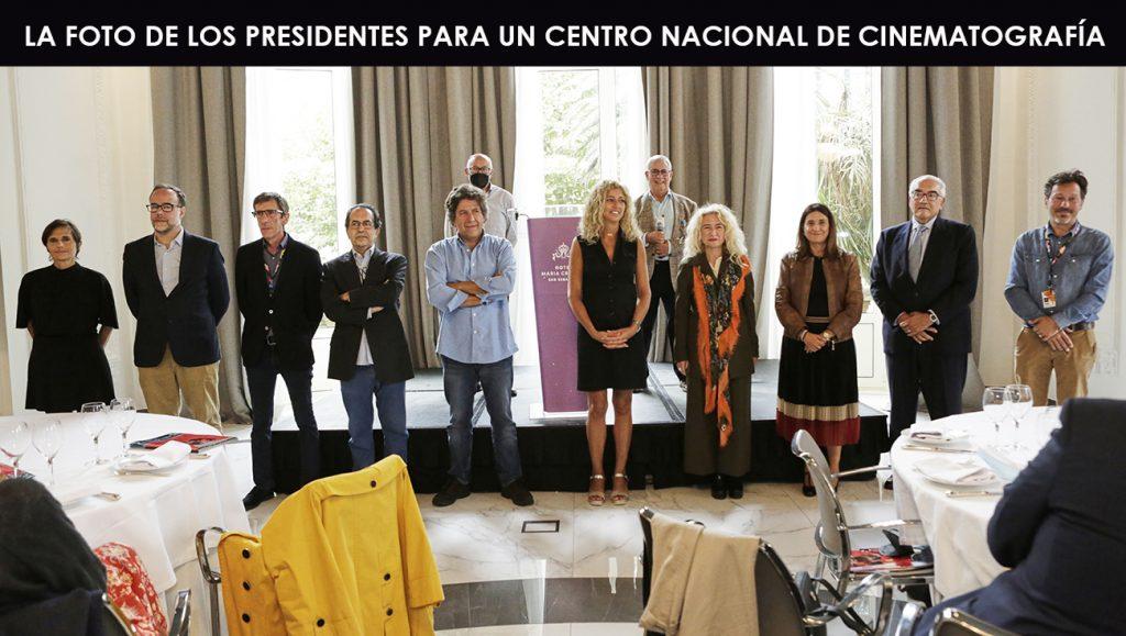 Esta es la gran foto de familia de la industria audiovisual española. Desde hace más de 20 años, CINEINFORME aboga por crear un ente como el CNC francés sobre la base de estos presidentes, que representan el 80% de la fuerza del mercado en España (© Festival de San Sebastián / Montse Castillo).