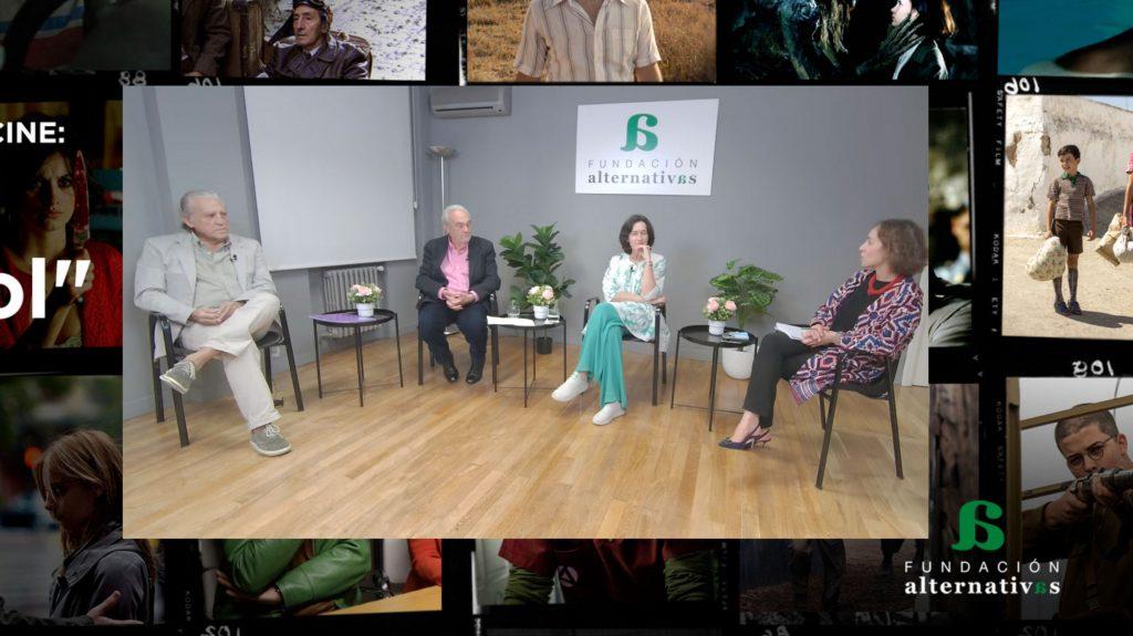 """Manuel Gutiérrez Aragón: """"Como una sala de cine no hay nada"""""""